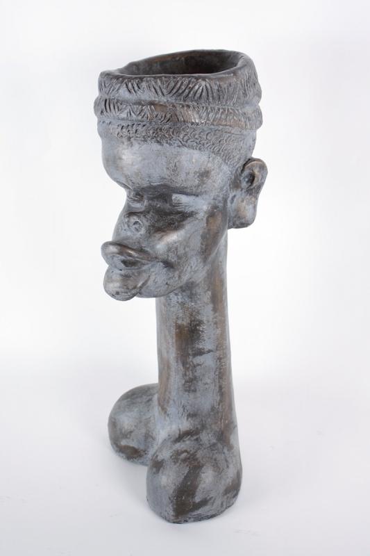 keramická-socha-černošské-ženy
