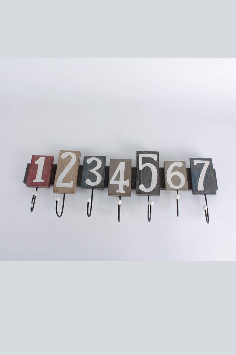 vešiak-123