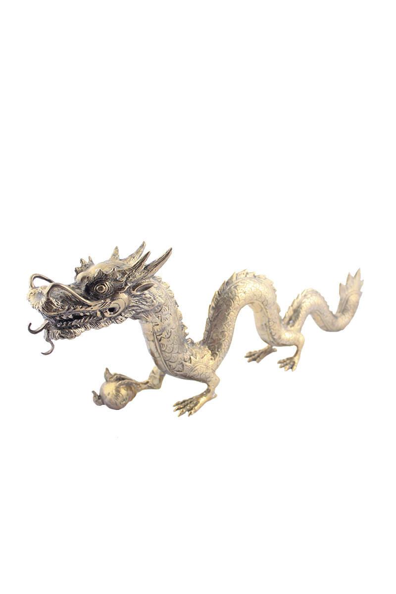 kovový-drak-stříbrný