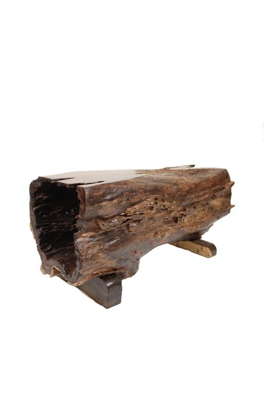 dřevěná-lavička-dutá