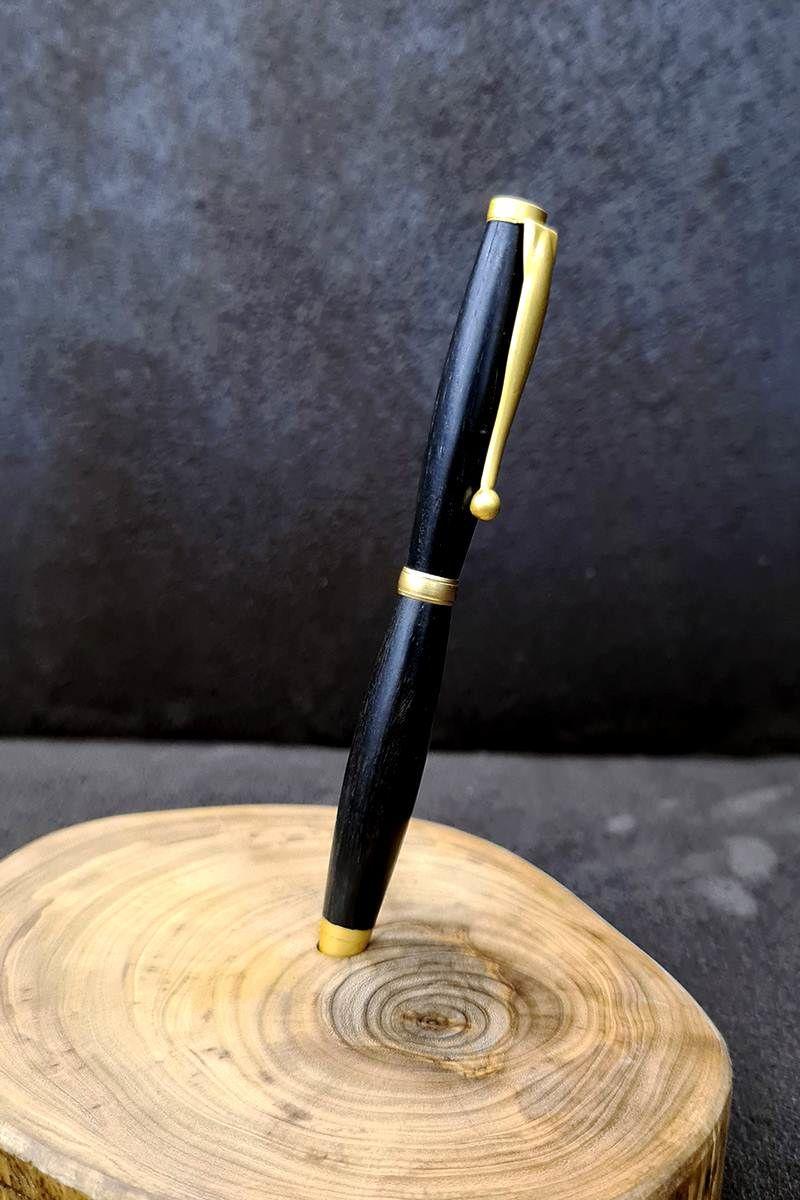 ručne-výrábané-pero-z-ebenového-dreva1.jpg