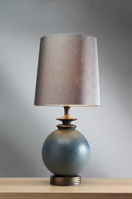 Stolní lampa babushka